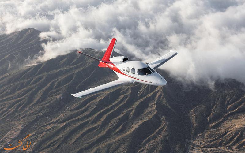 ابتدا هواپیمای مجازی خود را بسازید