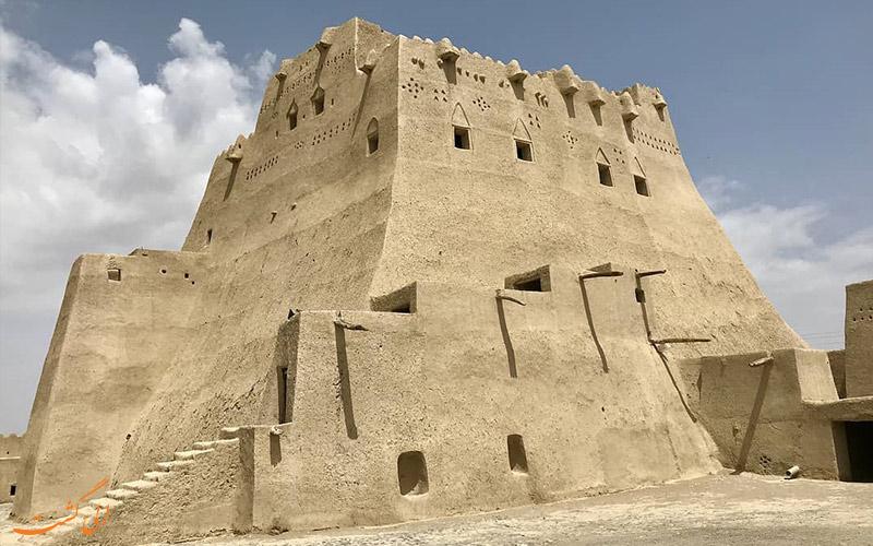 قلعه سیب سراوان در سیستان و بلوچستان