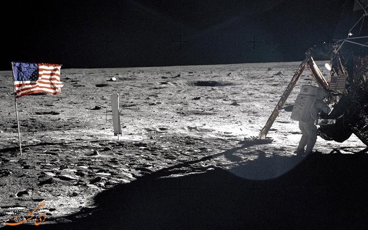 فعالیت های سطح ماه
