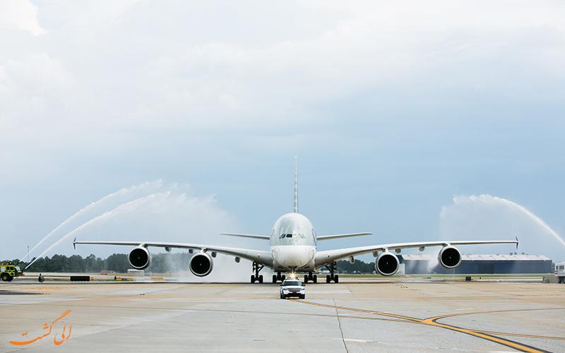 رسم واتر سالوت برای هواپیماها چیست؟