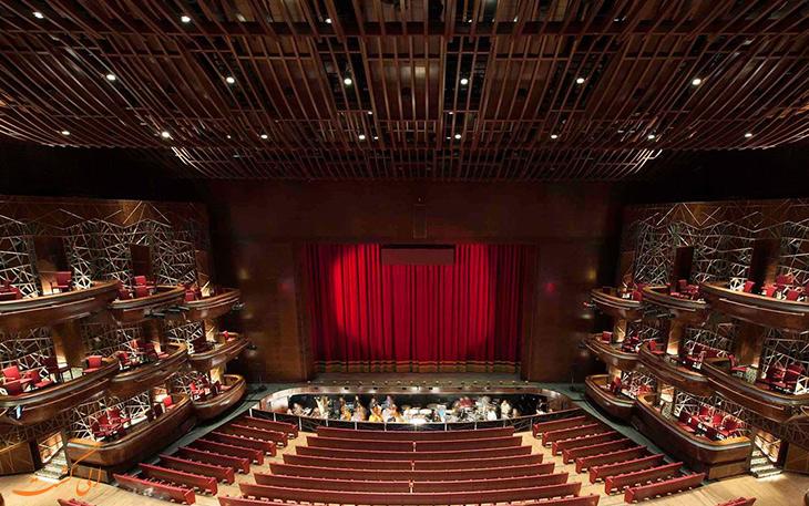 نمای درونی سالن اپرای دبی