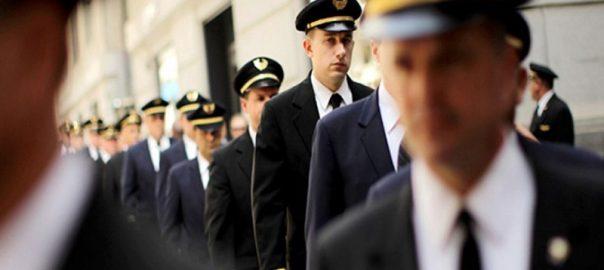 آشنایی با مزایا و معایب شغل خلبانی