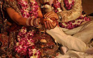 آداب و رسوم عجیب ازدواج در سراسر جهان