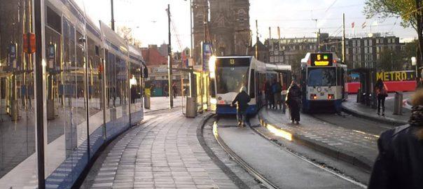 راهنمای حمل و نقل عمومی در آمستردام