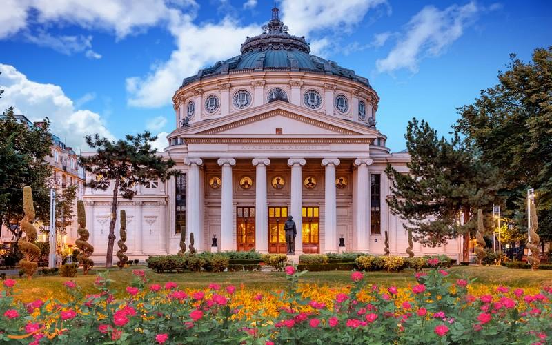 مدرسه هنری بخارست