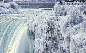 آبشار نیاگارا در زمستان