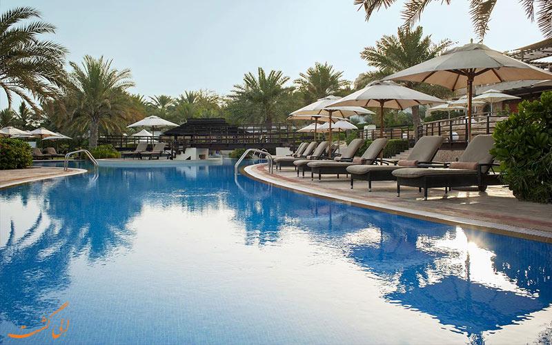 رستوران کنار استخر هتل وستین دبی مینا