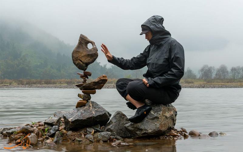 هنرمندان تعادل سنگ ها-سفرهای طبیعت گردی