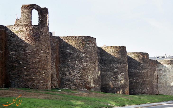 دیوارهای شهر لوگو