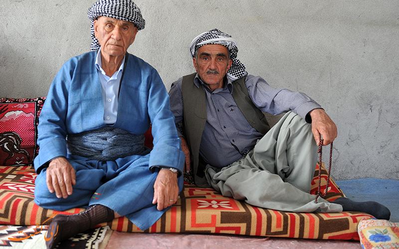لباس مردان در لباس های محلی کردی