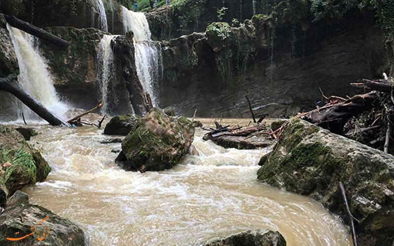 آبشار اسکیلم رود در سوادکوه