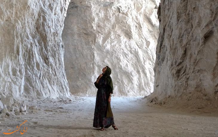 جلوه های ویژه ی تونل نمکی گرمسار