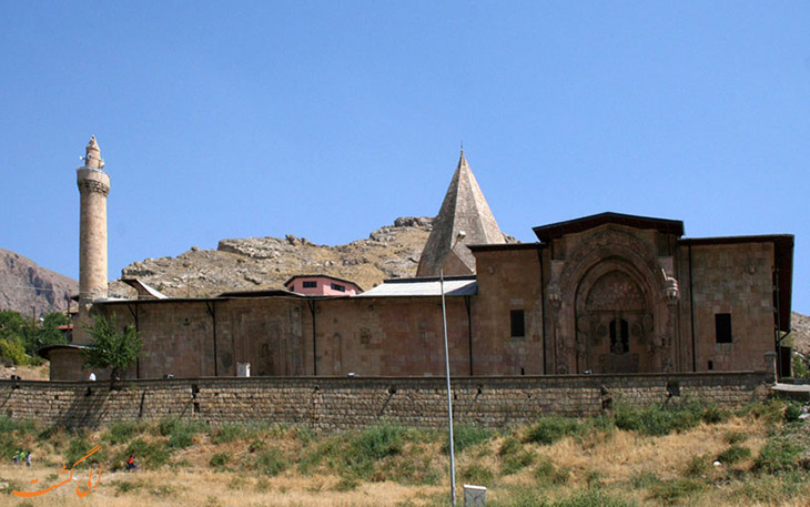 مسجد بزرگ دیوریغی