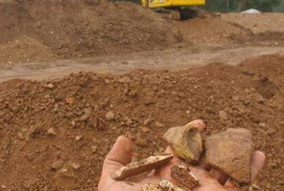 تپه 5 هزار ساله زیر 50 تن زباله