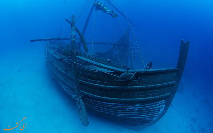کشتی غرق شده در اولوبورون