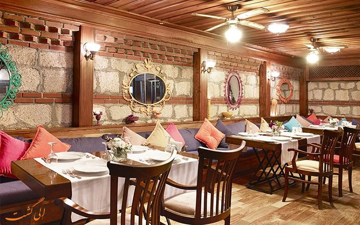 رستوران اوتانتیک آنتالیا
