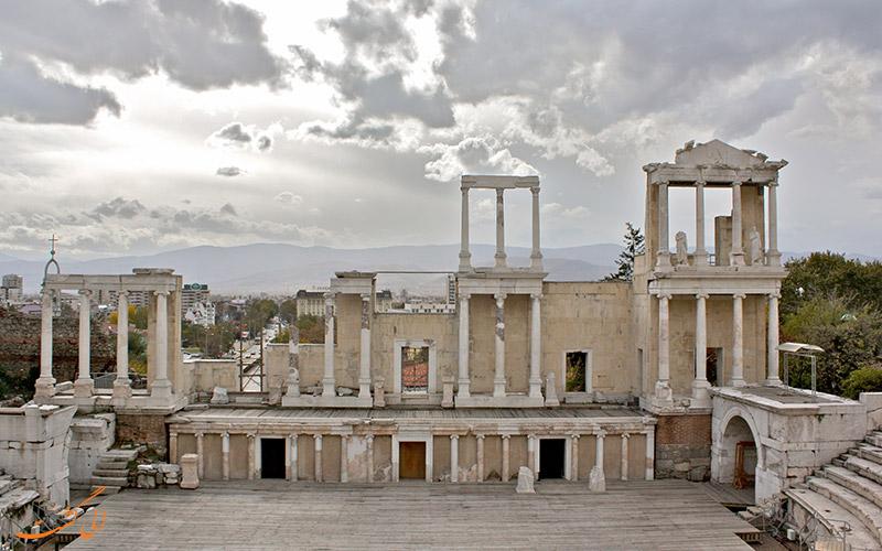 آمفی تئاتر تاریخی پلودیو