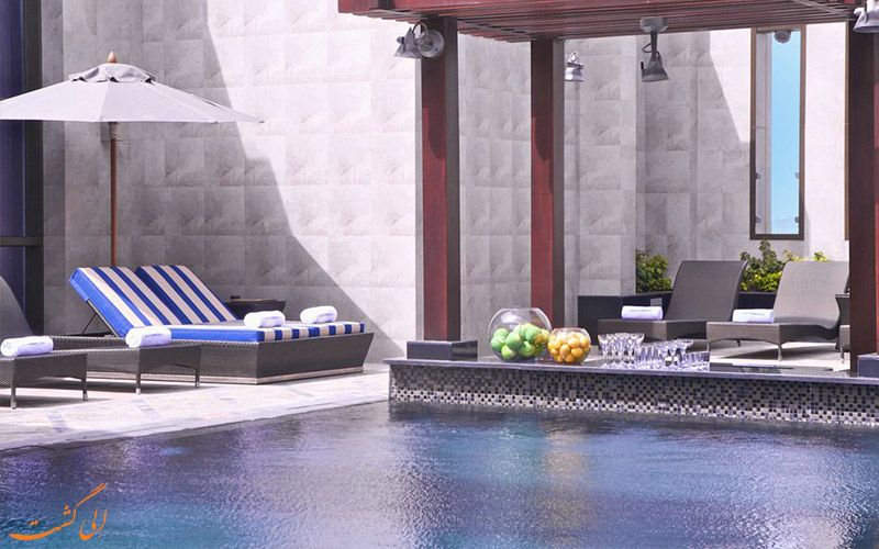 استخر پشت بامی هتل رین تری دبی