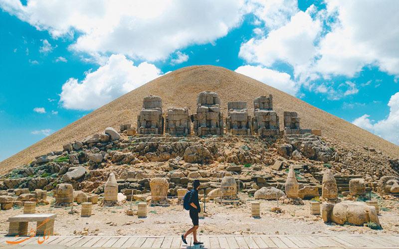 بازدید از کوه نمرود ترکیه