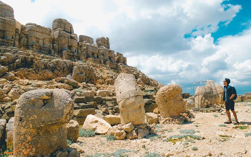 کوه نمرود ترکیه-جاذبه های ترکیه
