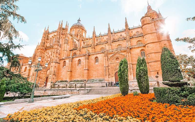 شهر سالامانکا اسپانیا با جاذبه های گردشگری پر بازدید