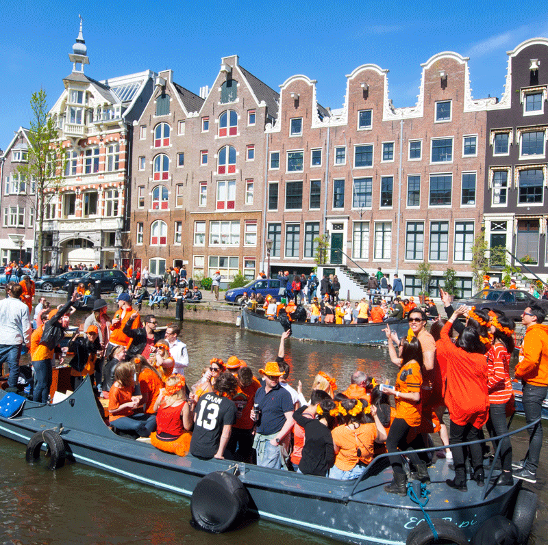 قایق سواری در روز پادشاهی هلند