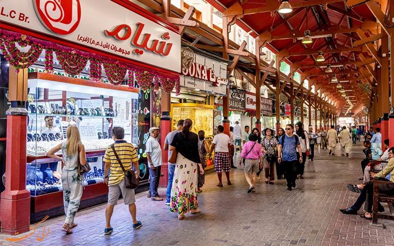مراکز خرید دبی و گردشگران در اشتباهات سفر به دبی