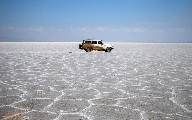 مسیر دسترسی دریاچه آران و بیدگل