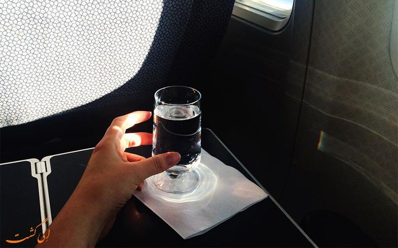 مصرف آب- پرواز در دوران بارداری