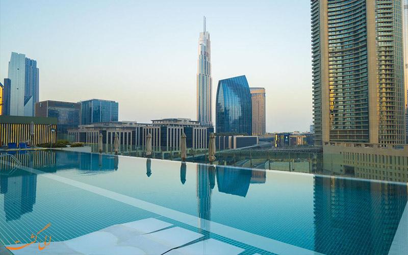 هتل سوفیتل داون تاون دبی-نمای استخر