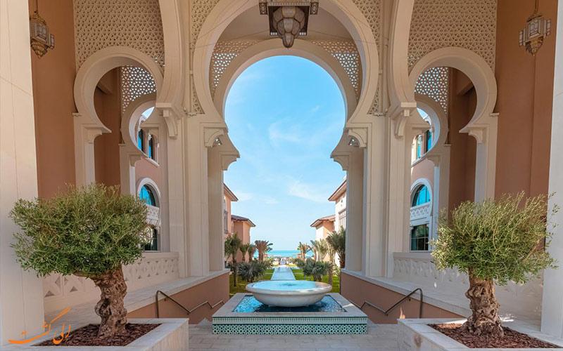 ورودی هتل ریکسوس سعدیات آیلند ابوظبی