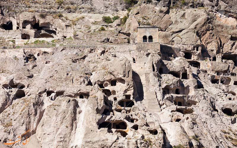 شهر واردزیا در گرجستان ، شهرکی تاریخی و سنگی در کوه