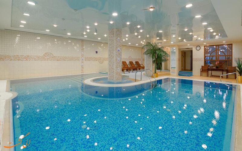 استخر سرپوشیده هتل پتر یکم مسکو