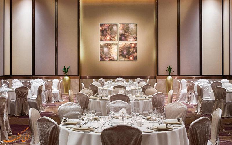 رستوران های هتل سوئیسوتل الغریر دبی