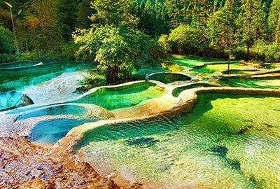 حوضچه های طبیعی هوانگ لونگ چین