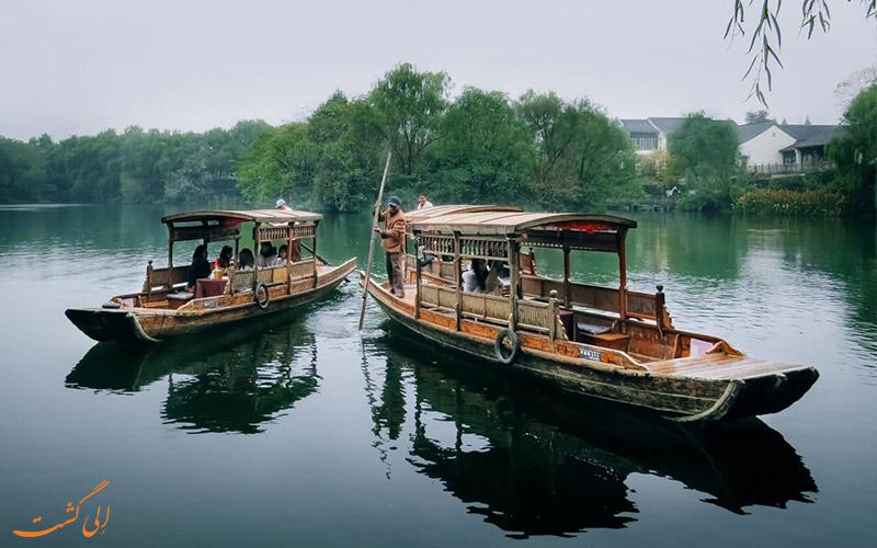 قایق های مسافری و گردشگری دریاچه غربی چین