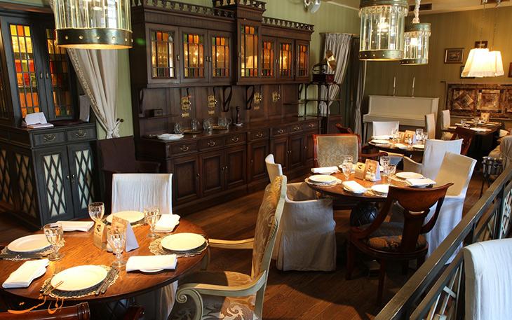 رستوران فرانچیسکو سنت پترزبورگ