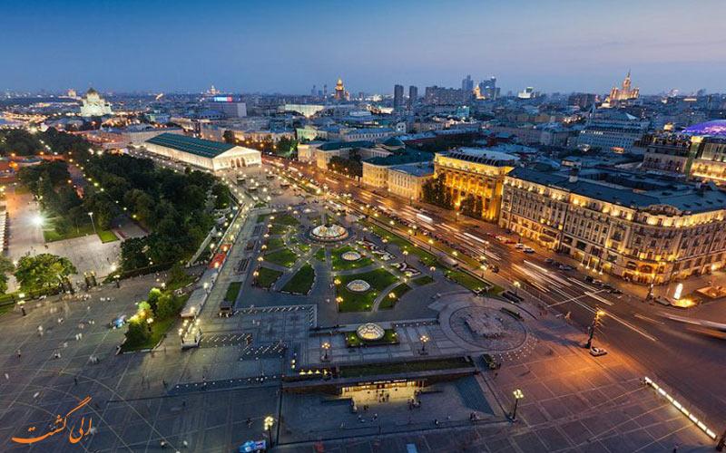 میدان مانژ در مسکو ، یکی از میدان های اصلی و زیبا در مسکو