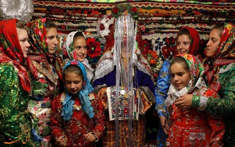 دختران بلغارستانی و عروس بلغار-درباره بلغارستان