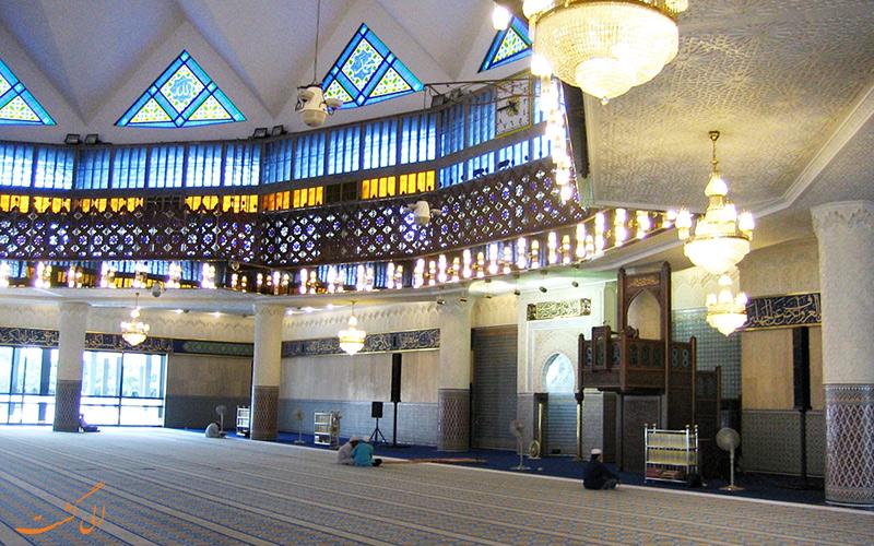نمای داخلی مسجد نگارا