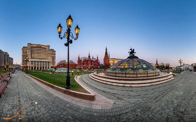 میدان مانژ در مسکو ، یکی از میدان های اصلی و زیبا
