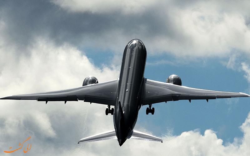 بلیط هواپیما و ساعات کاری خلبان ها در پرواز