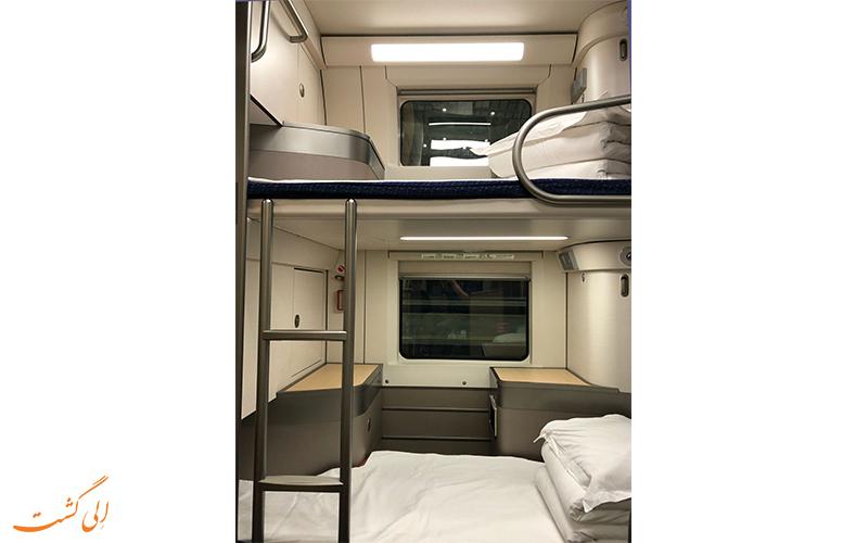 واگن دو نفره قطارهای شبانه در سفر پکن به شانگهای