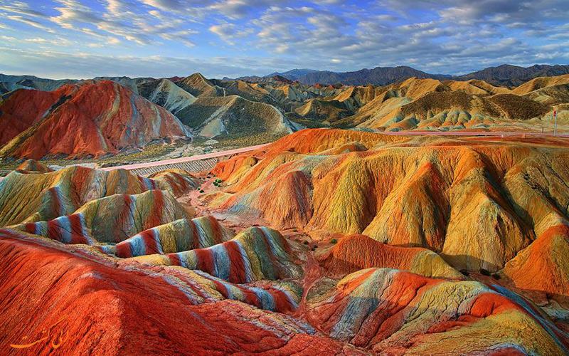 کوهستان رنگین کمان