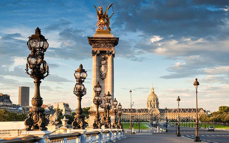 گشت و گزار ظهرانه در پاریس!