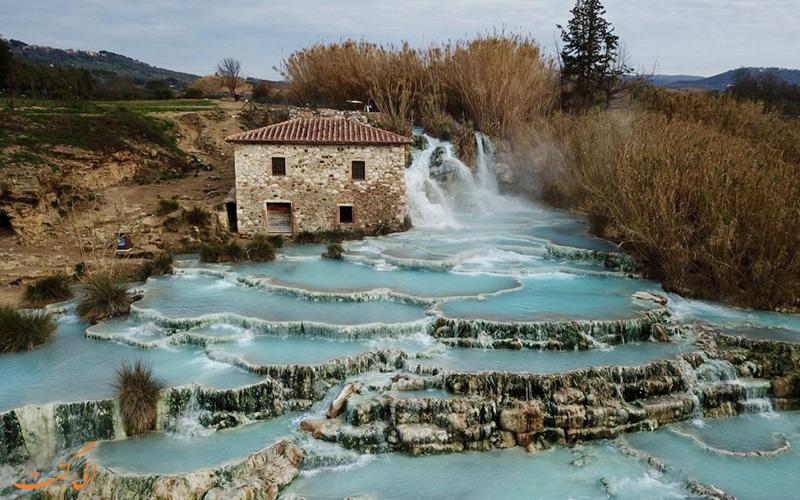 آبشارهای آسیابی در توسکانی