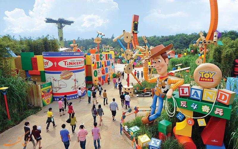 دنیای اسباب بازی های پارک دیزنی لند شانگهای