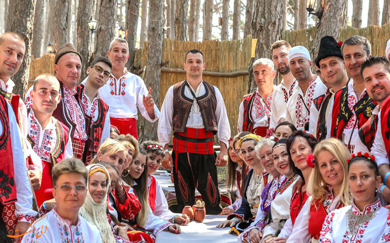 فستیوال ملی لباس محلی ژروانا