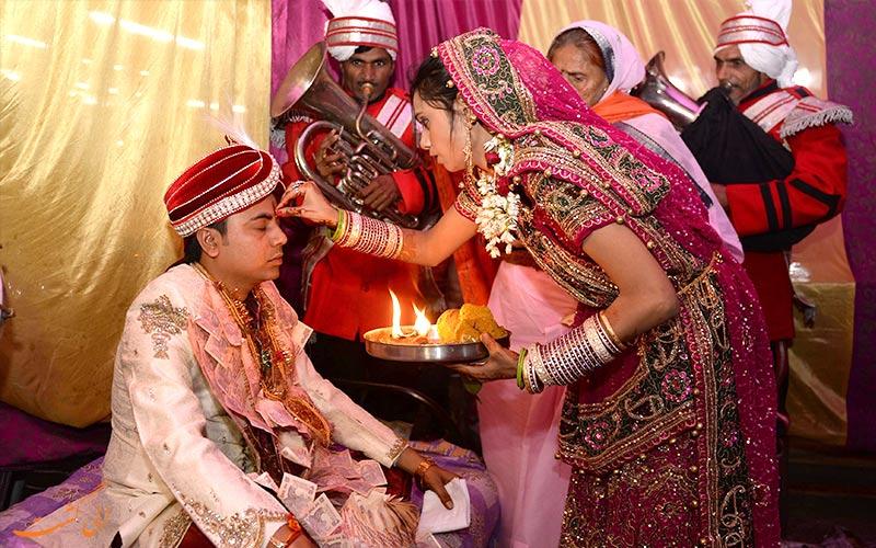 مراسم های عروسی و خال قرمز-خصوصیات اخلاقی مردم هند