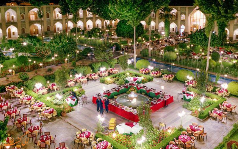 هتل عباسی بهترین اقامتگاه های سنتی اصفهان